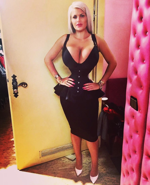 Selfie Sophia Vegas nude (41 photo), Sexy, Paparazzi, Selfie, braless 2017